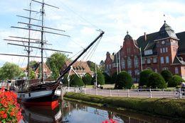 Historisches Rathaus und Brigg Friederike in Papenburg