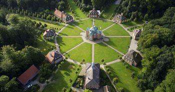 Luftaufnahme der barocken Jagdsternanlage, Schloss Clemenswerth in Sögel