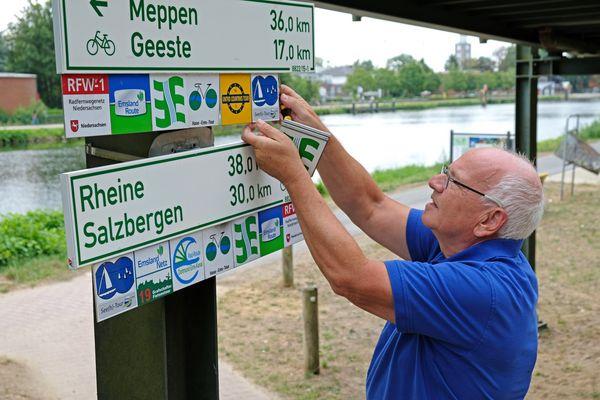Radroutenwart Klaus Groche (Emsland-Süd) in Aktion